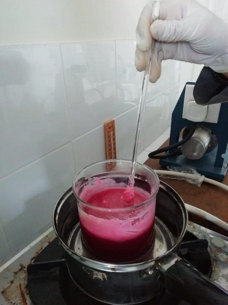 Proses Pembuatan Lipgloss